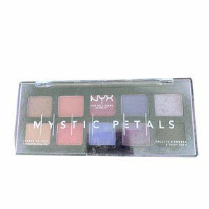 💋5/$20 NYX Mystic Petals Eye Shadow Pallette